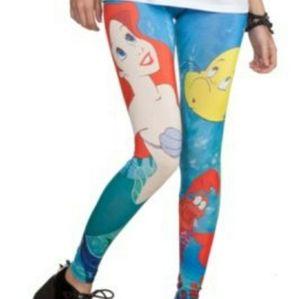 Hot Topic Disney leggings size xl
